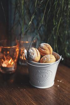 dessert nuts