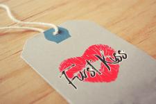 """Лого """"First Kiss"""""""