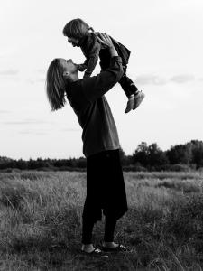 Семейная фотосъемка в поле