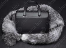 Кожаная сумка на меху лисы