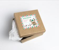 Наклейка на подарочную коробку