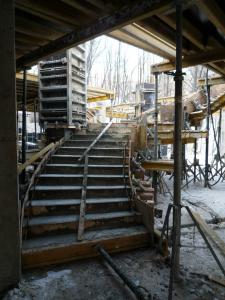 строительство. винтовая лестница. железобетон