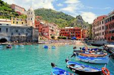 737 заявок на туры в Тоскану