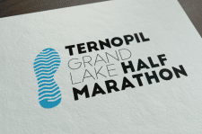 "Логотип для ""Ternopil ""Grand Lake"" Half Marathon"""