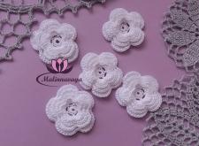 Декоративные вязаные цветы