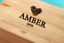 Логотип AMBER
