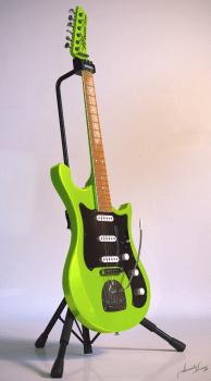 Guitar UralNew 1