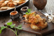 Вкусная, запеченая картошка с курицей