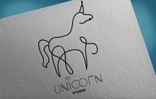 Unicorn studio лого